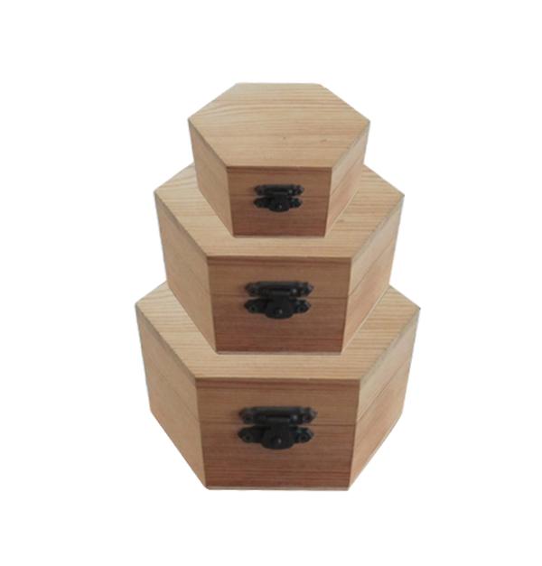 Σετ 3 ξύλινα αλουστράριστα εξάγωνα κουτιά