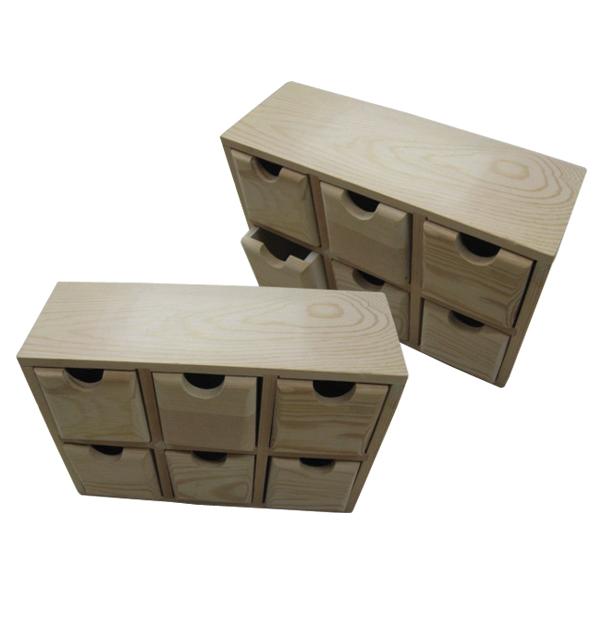 Ξύλινη αλουστράριστη συρταριέρα με 6 συρτάρια
