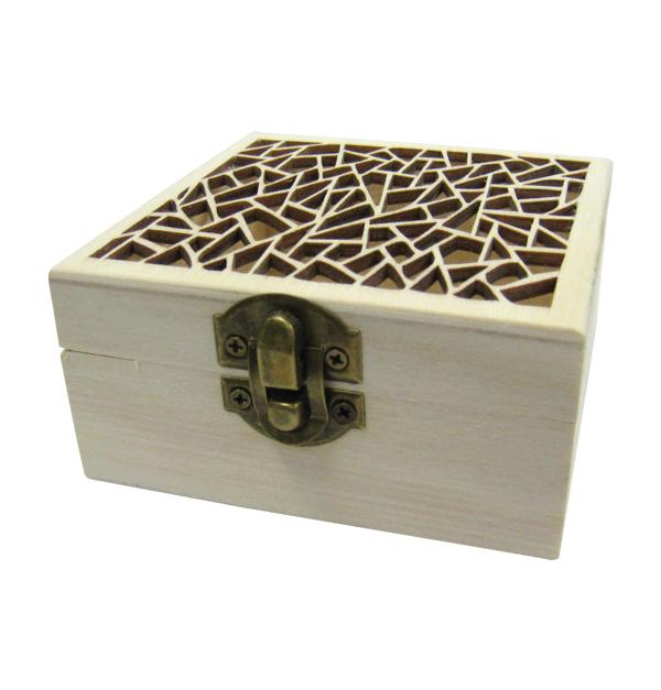 Ξύλινο τετράγωνο αλουστράριστο κουτί σκαλιστό με γεωμετρικά σχέδια