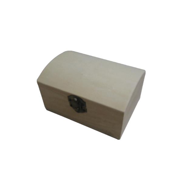Ξύλινο αλουστράριστο κουτάκι σε σχήμα μπαούλου