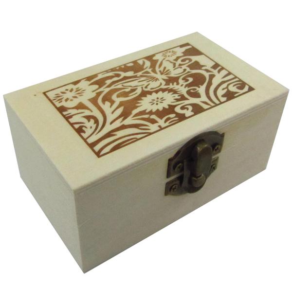 Ξύλινο αλουστράριστο παραλληλόγραμμο κουτί με πυρογραφία
