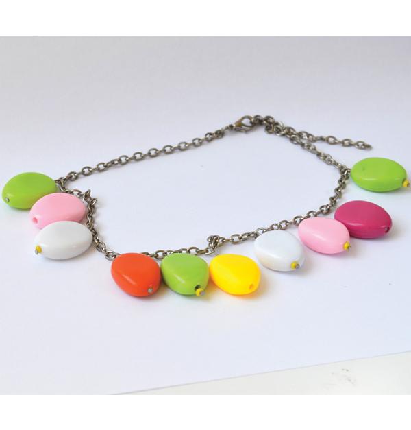Κολιέ με χρωματιστές πέτρες