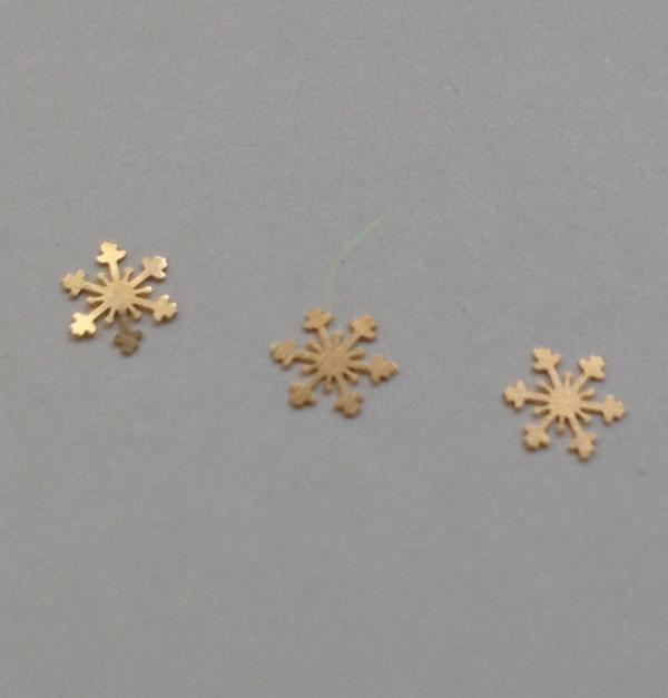 50 μεταλλικά διακοσμητικά νυχιών χρυσές νιφάδες