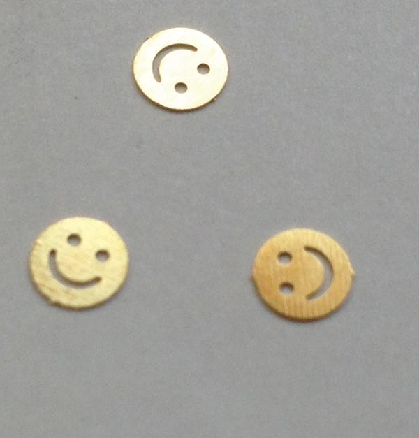 50 μεταλλικά διακοσμητικά νυχιών χρυσά Happy Face