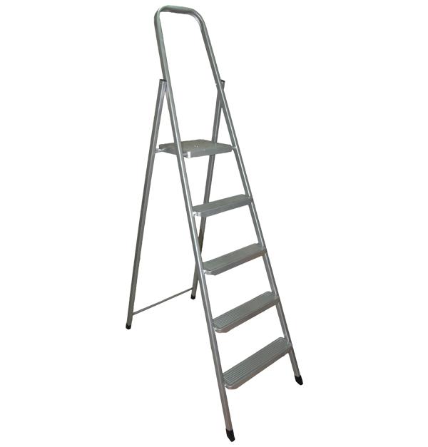 Μεταλλική σκάλα με 4+1 σκαλοπάτια