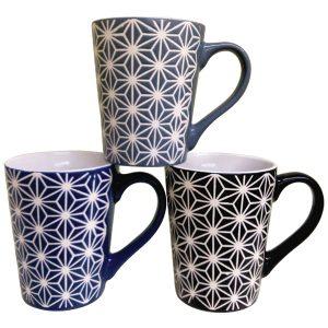 Πορσελάνινη κούπα με γεωμετρικά σχέδια