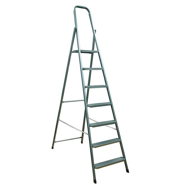 Μεταλλική σκάλα με 7+1 σκαλοπάτια
